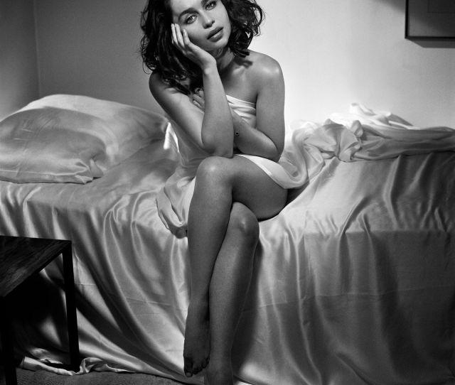 Emilia Clarke Sexy 8