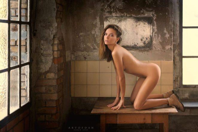 Katya Clover Nude 4