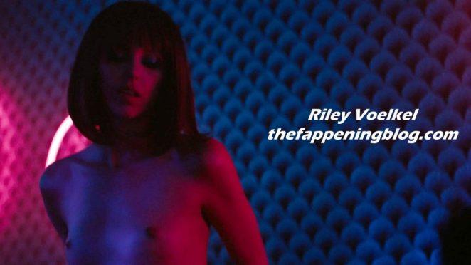 Riley Voelkel Topless 3