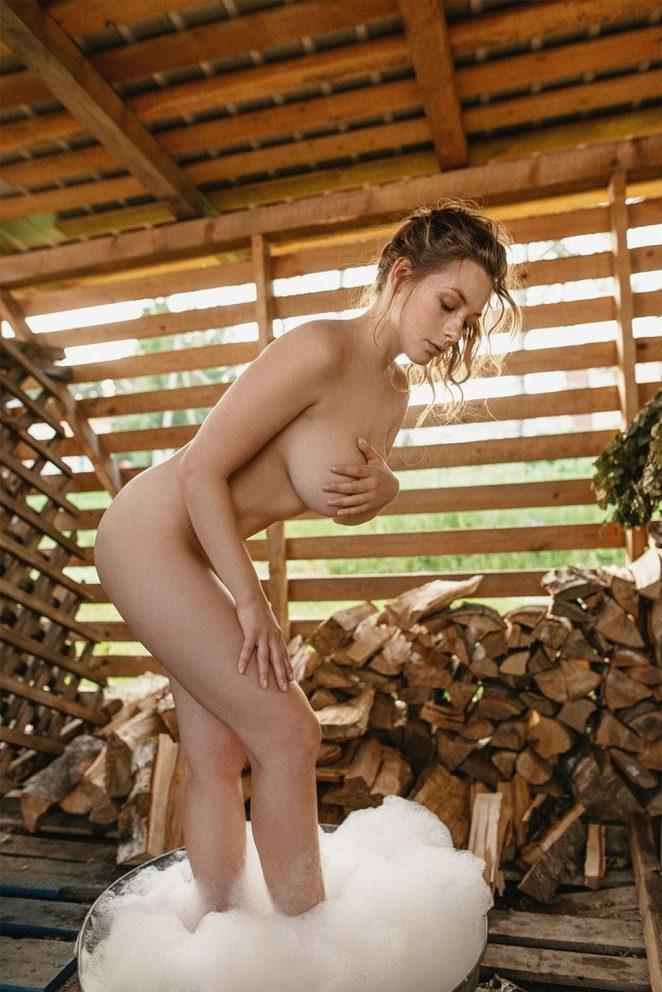 Olga Kobzar Naked 3