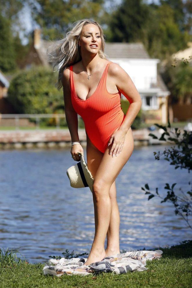 Danielle Mason Hot 5