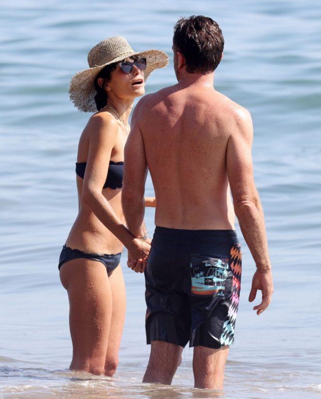 Jordana Brewster Bikini 3