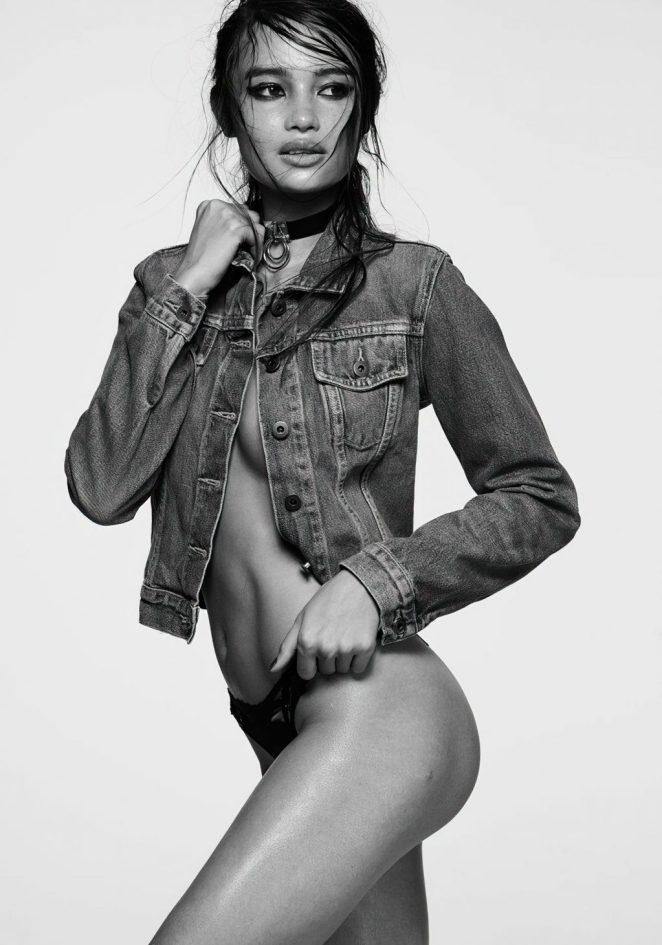 Kelsey Merritt Topless 5