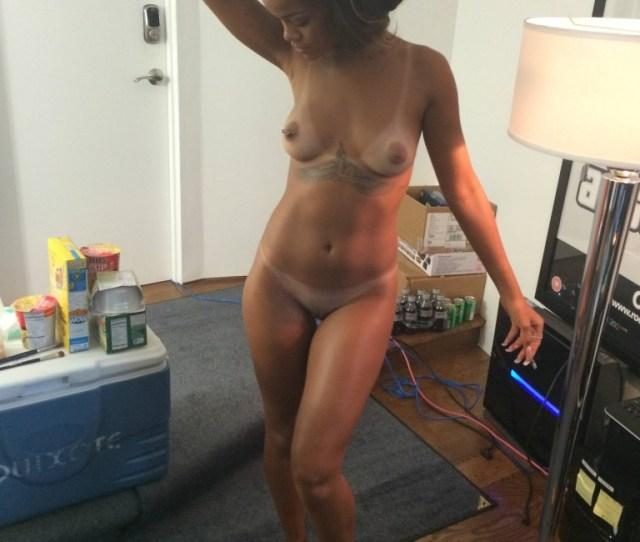 Rihanna Naked  Photos Thefappening