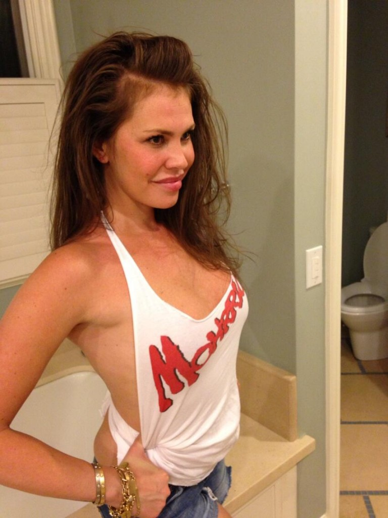 Nikki Cox Leaked (8 Photos)