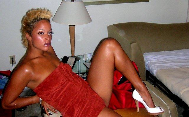 Aneesa Ferreira Naked (50 Photos)