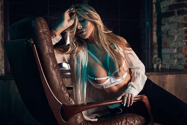 Elina Svetlova Naked (15 Photos)