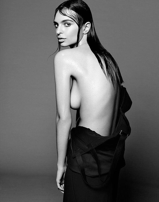 Emily Ratajkowski Sexy (5 Photos)