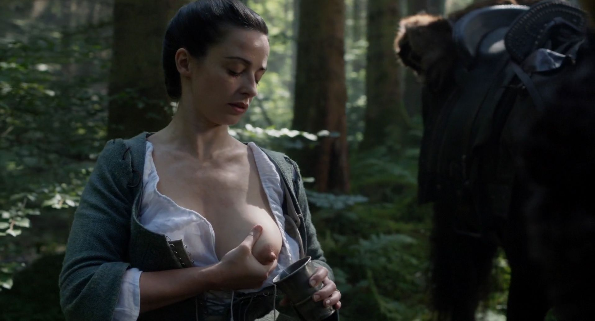 Laura Donnelly Nude – Outlander (7 Pics + GIF & Video)