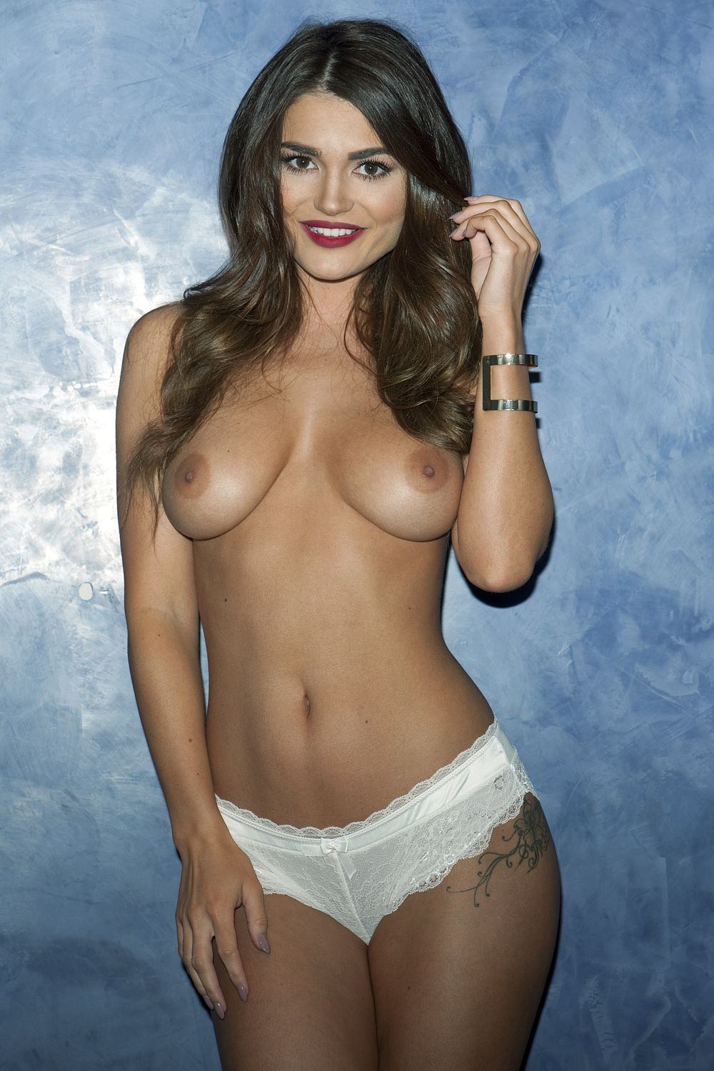 India Reynolds Topless (2 New Photos)