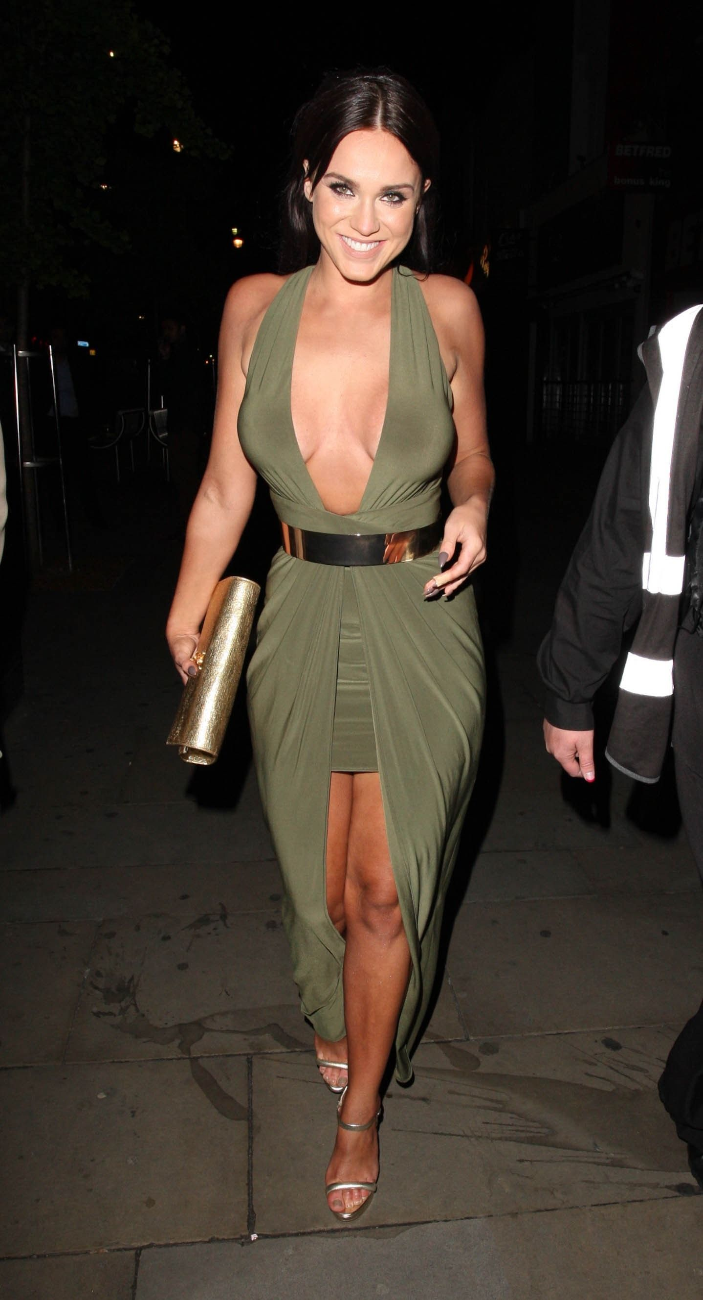 Vicky Pattison Cleavage (4 Photos)