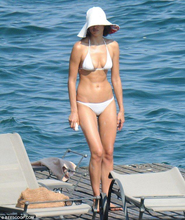 Irina Shayk in a Bikini (22 Photos)