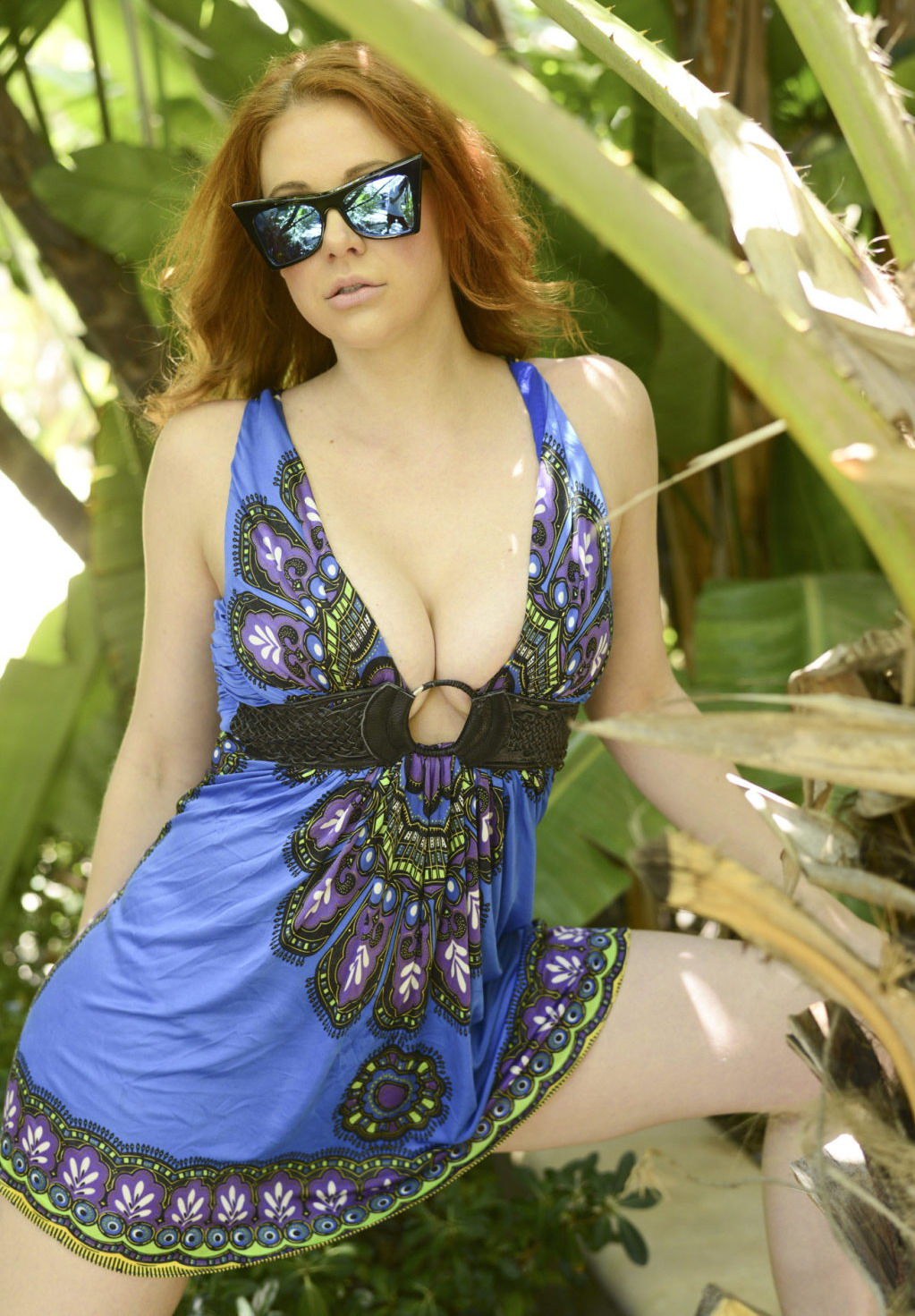 Maitland Ward Cleavage (11 Photos)