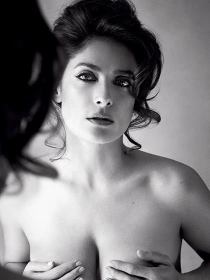 Salma Hayek Topless (1 Photo)