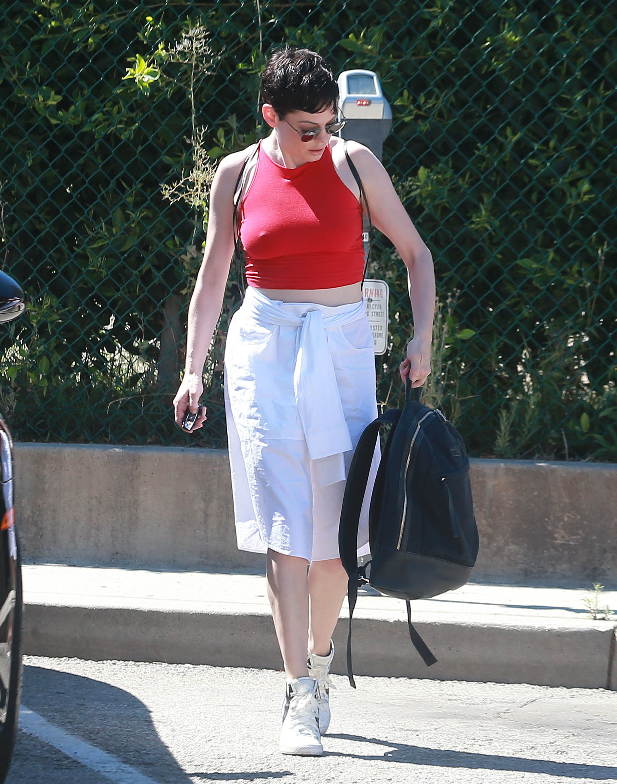 Rose McGowan Pokies (14 Photos)