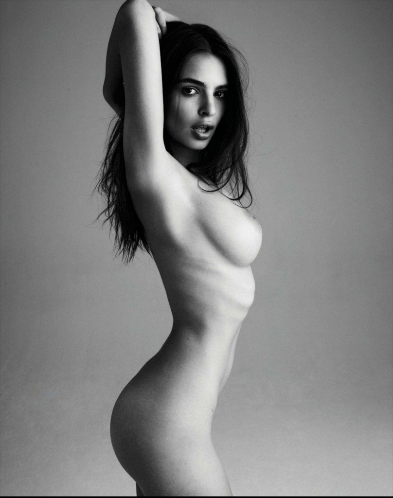 Emily Ratajkowski Nude (8 Photos)