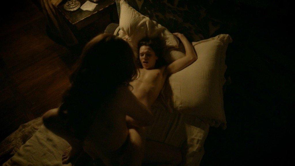 Anna Brewster Nude – Versailles (10 Pics + GIF & Video)