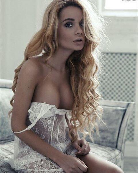 Ekaterina Zueva Nude & Sexy (60 Photos)