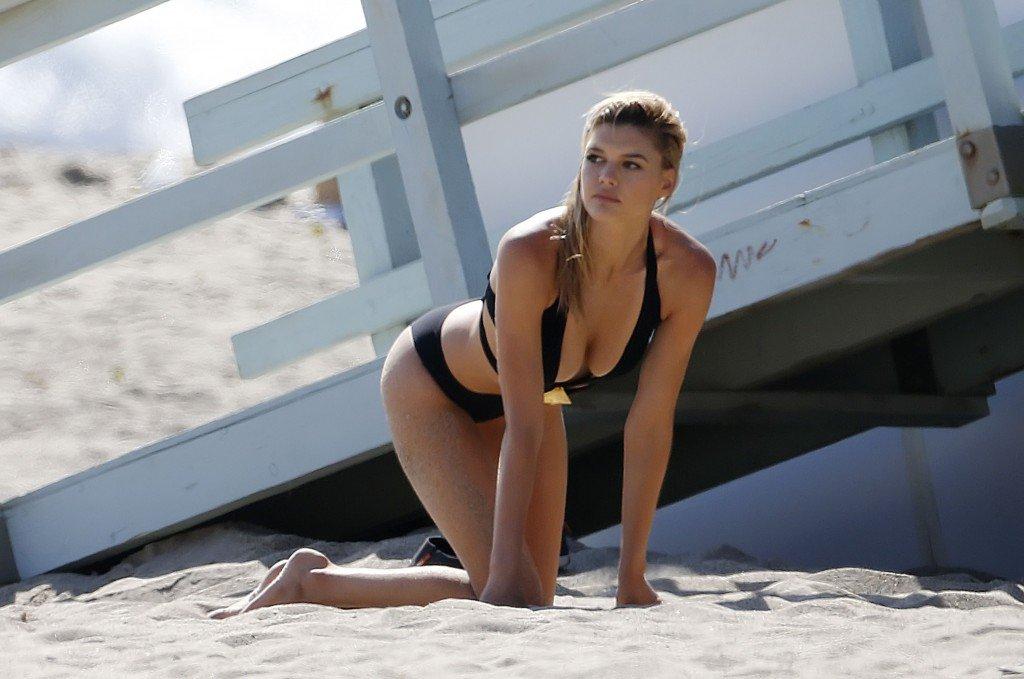 Kelly Rohrbach Sexy & Topless (66 Photos)