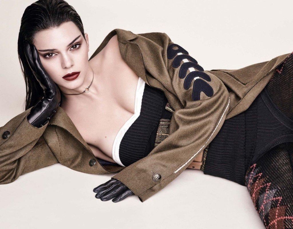 Kendall Jenner Sexy (10 Photos)