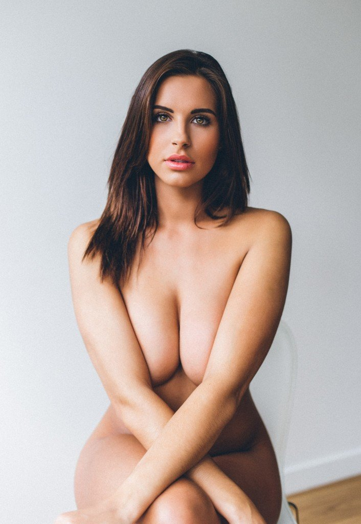Jessica Rose Nude and Sexy (7 Photos)