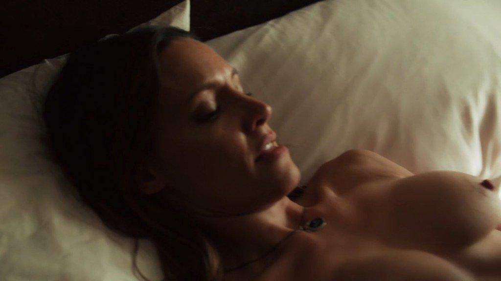 Emmanuelle Chriqui, KaDee Strickland Nude – Shut Eye (2016) s01e01 – HD 720p / 1080p