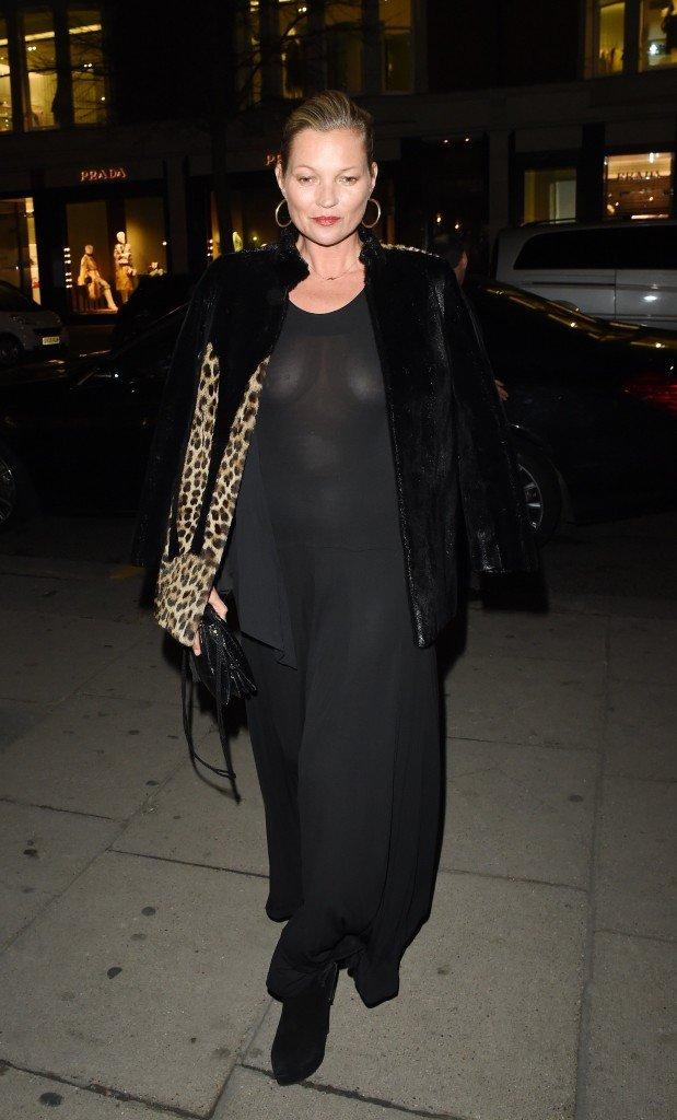 Kate Moss Braless (11 Photos)