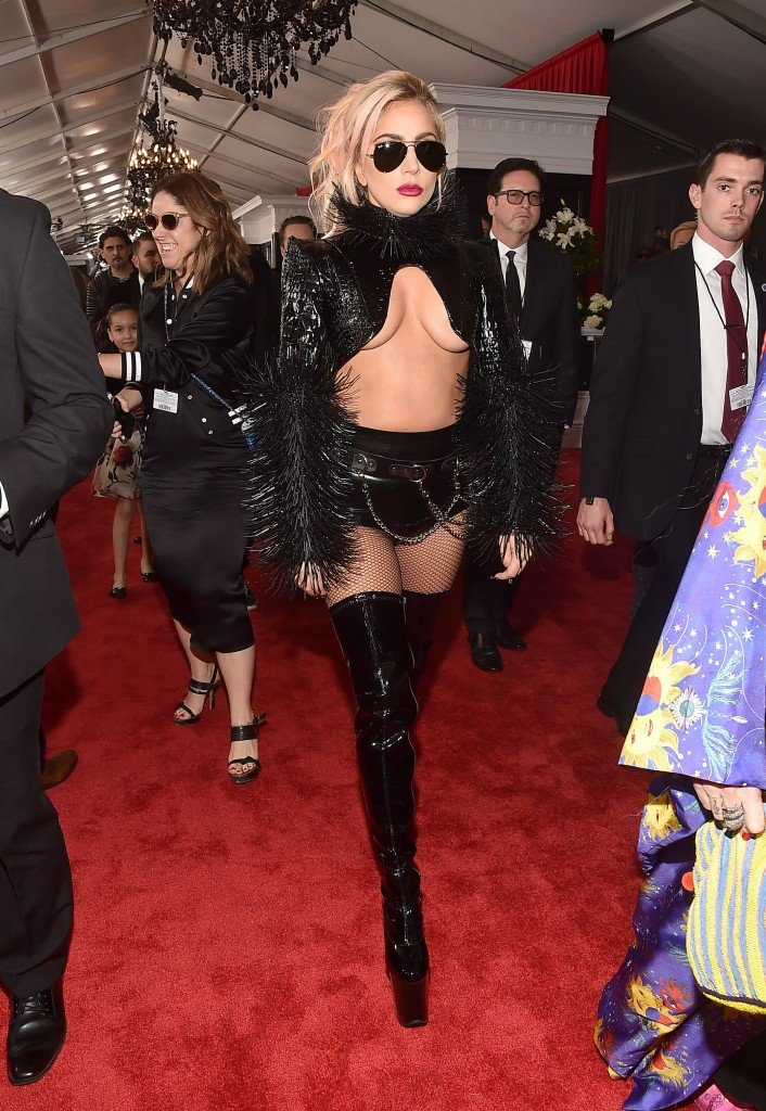Lady Gaga Underboob (22 Photos)