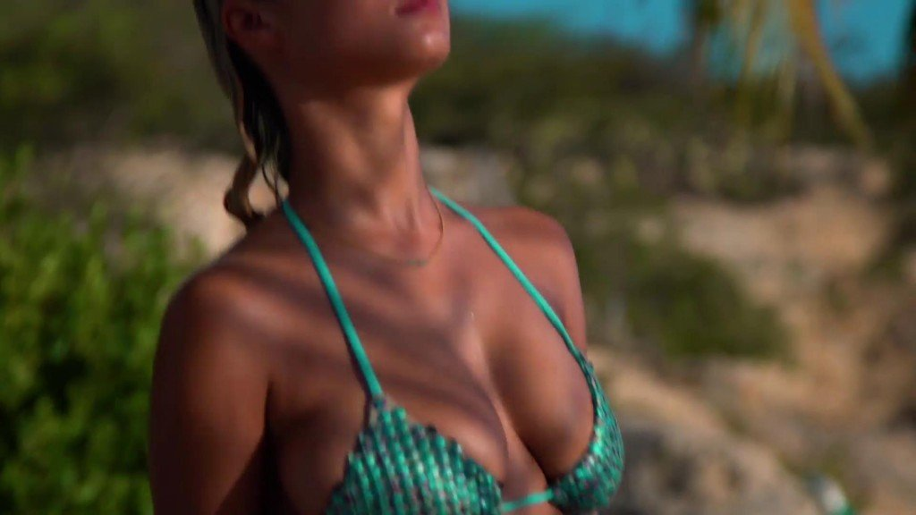 Rose Bertram Sexy - 2017 'Sports Illustrated' Swimsuit Issue | SexClips.Pro