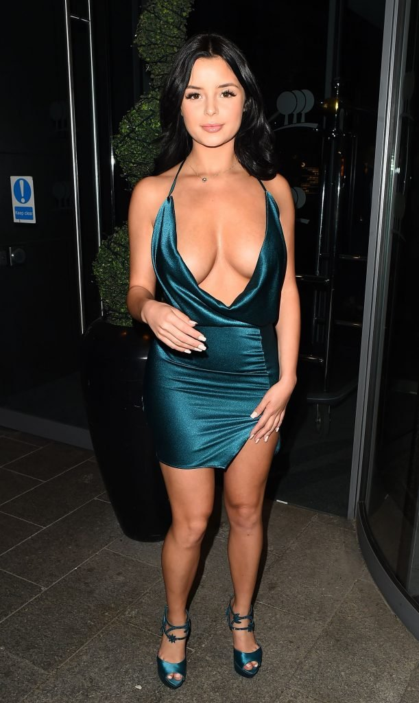 Demi Rose Cleavage (39 Photos + 9 Videos)