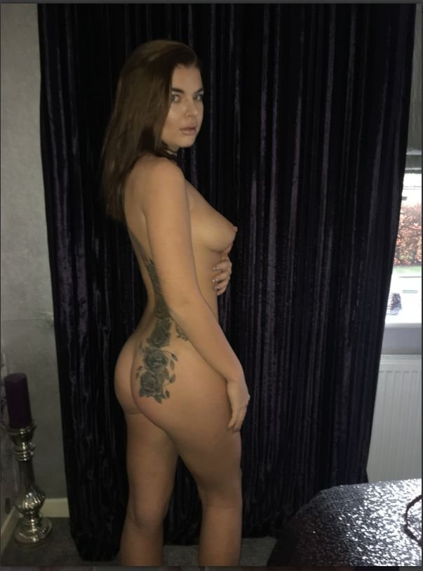 Beth Spiby Nude & Sexy (100 Photos + Videos)