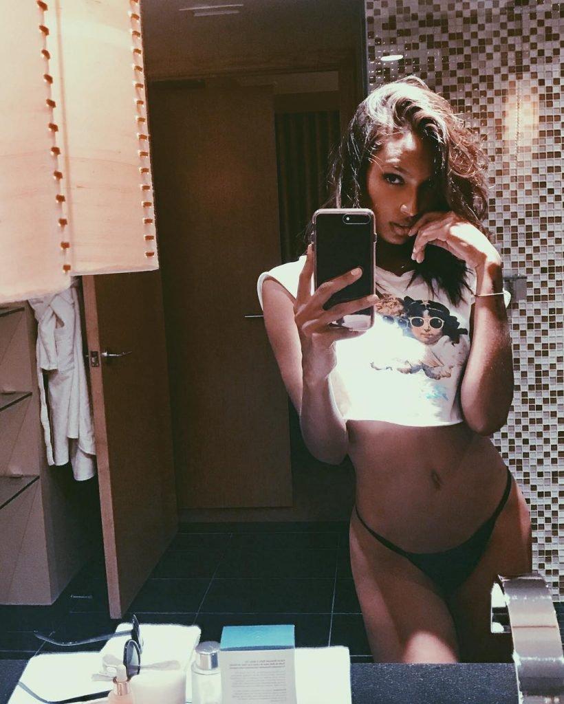 Jasmine Tookes Sexy (6 Photos)