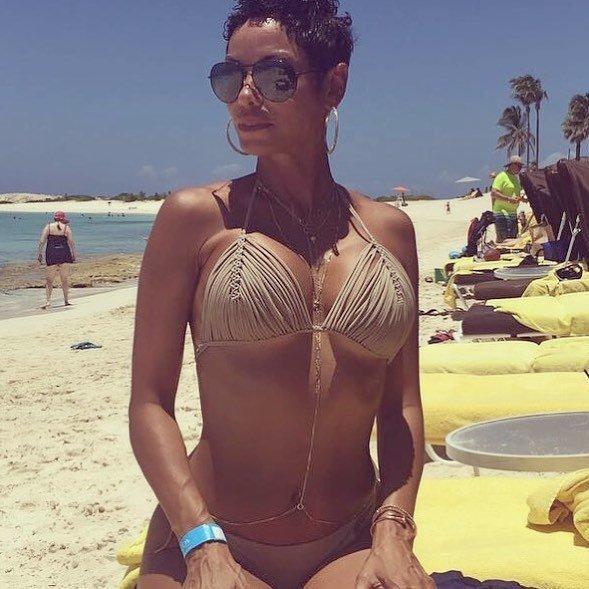 Nicole Murphy Sexy (16 Photos)