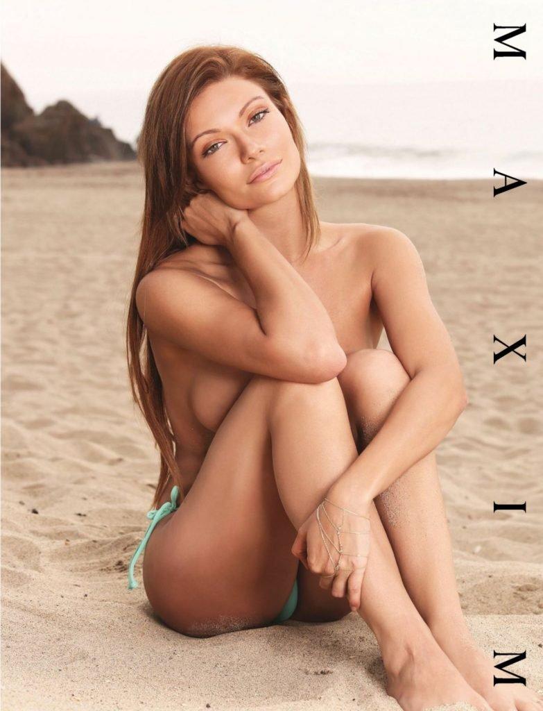 Caitlin O'Connor Sexy (5 Photos)