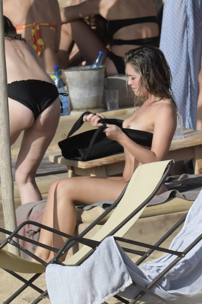 Olympia Valance Sexy & Topless (34 Photos)