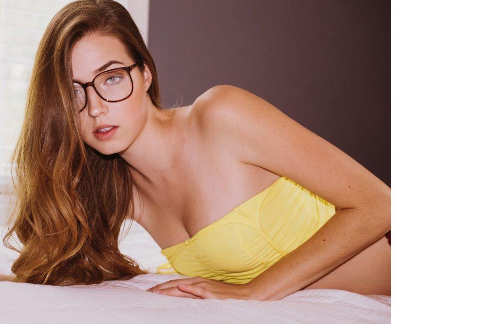 Briahna Nicole Gilbert Nude & Sexy (25 Photos)