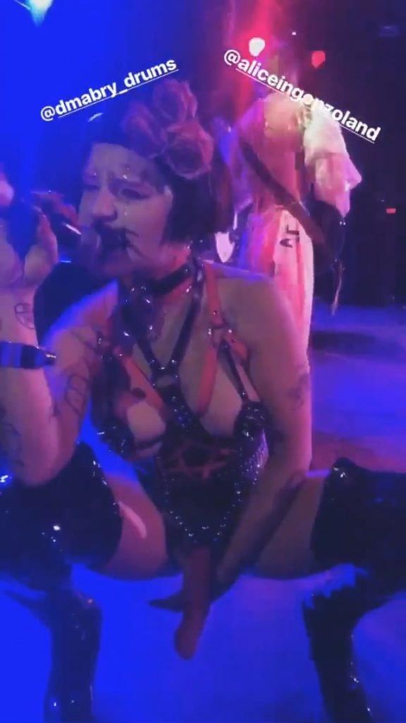 Brooke Candy Sexy (26 Pics + Video)