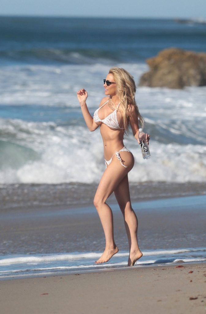 Dalia Elliott See Through & Sexy (62 Photos)