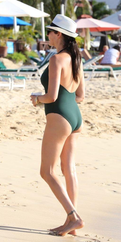 Lauren Silverman Sexy (28 Photos)