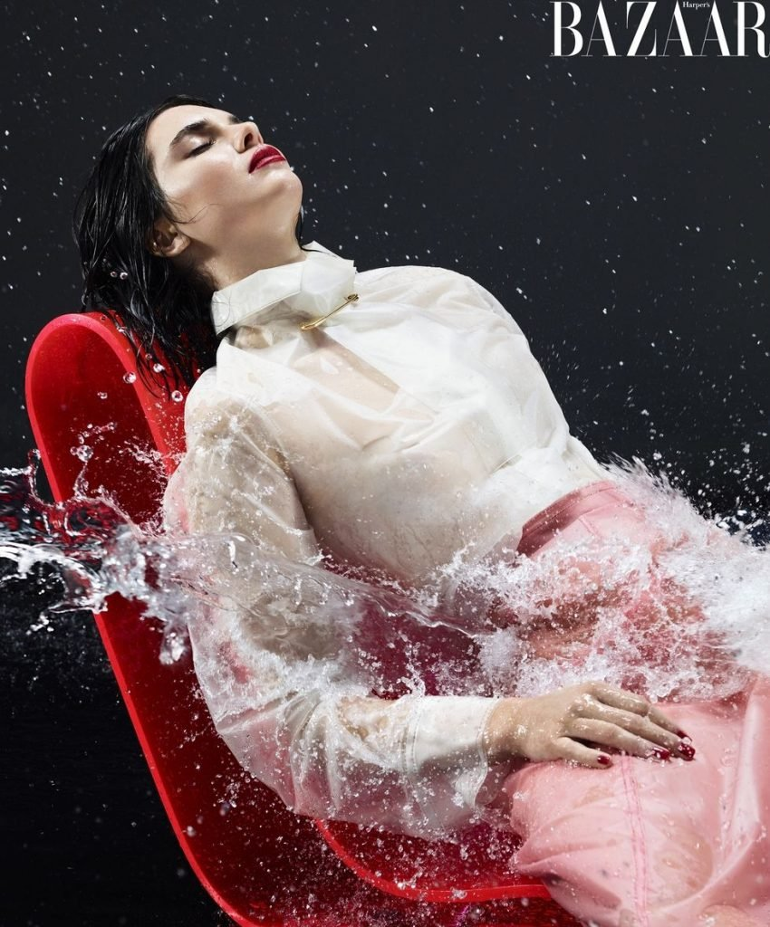 Kendall Jenner Sexy (8 Photos)