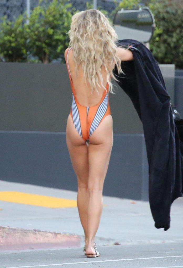 AnnaLynne McCord Sexy (27 Photos)