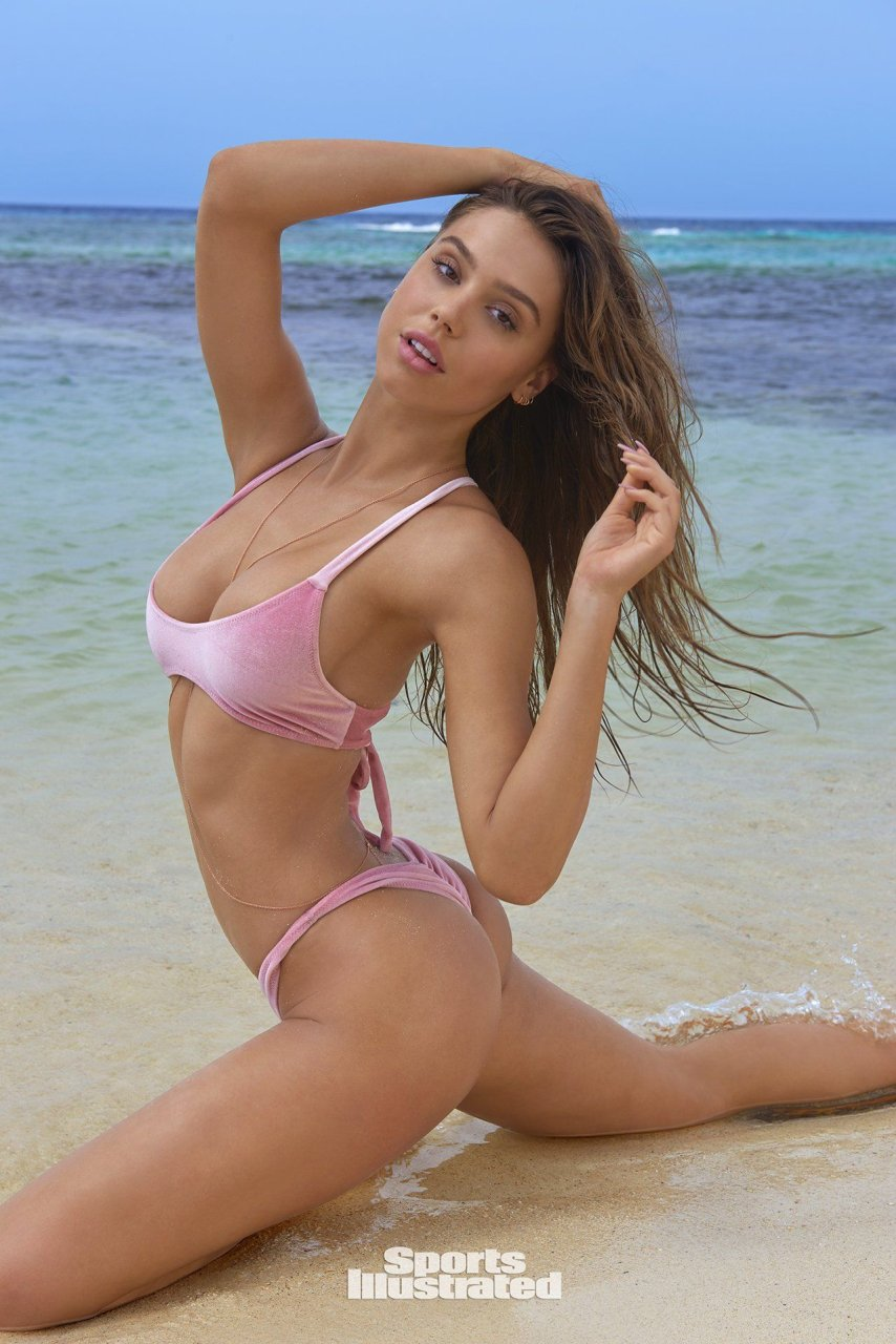 Alexis Ren 2018 Sports Illustrated Swimsuit Issue