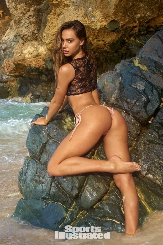 Alexis Ren – 2018 Sports Illustrated Swimsuit Issue