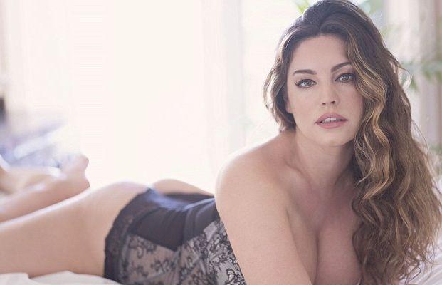 Kelly Brook Sexy (10 Photos)