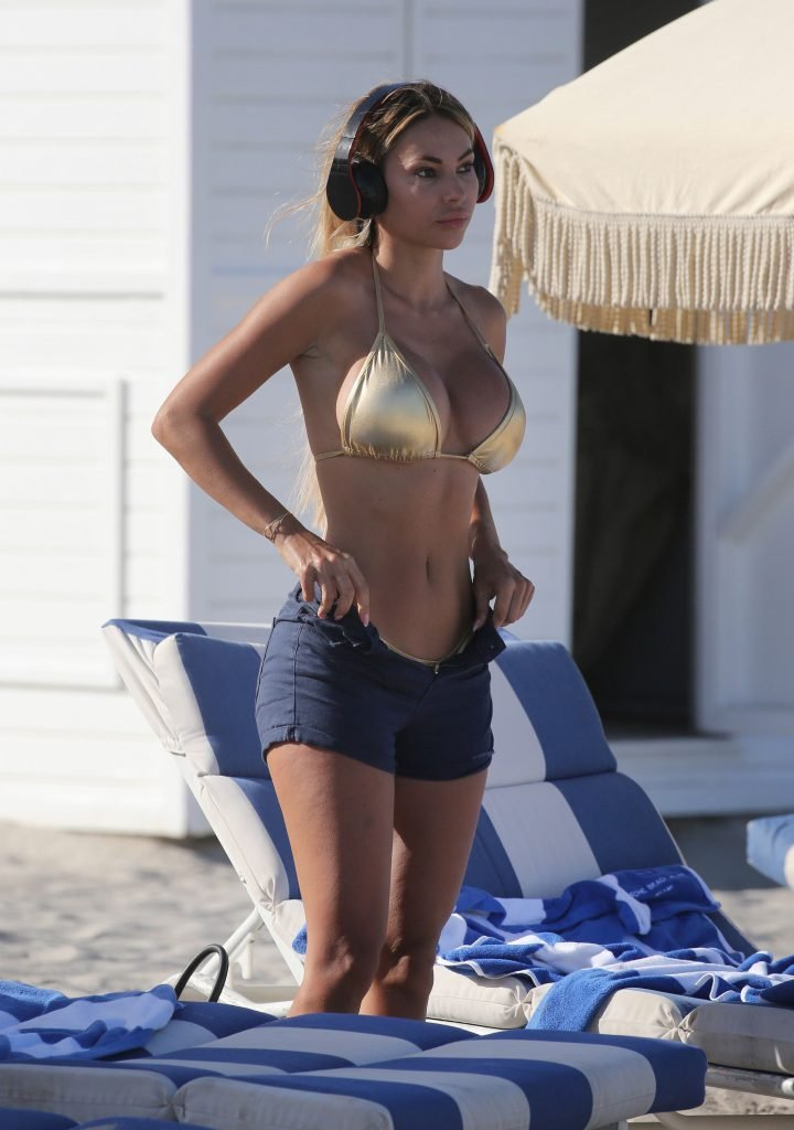 Maria Hering Sexy (44 Photos)