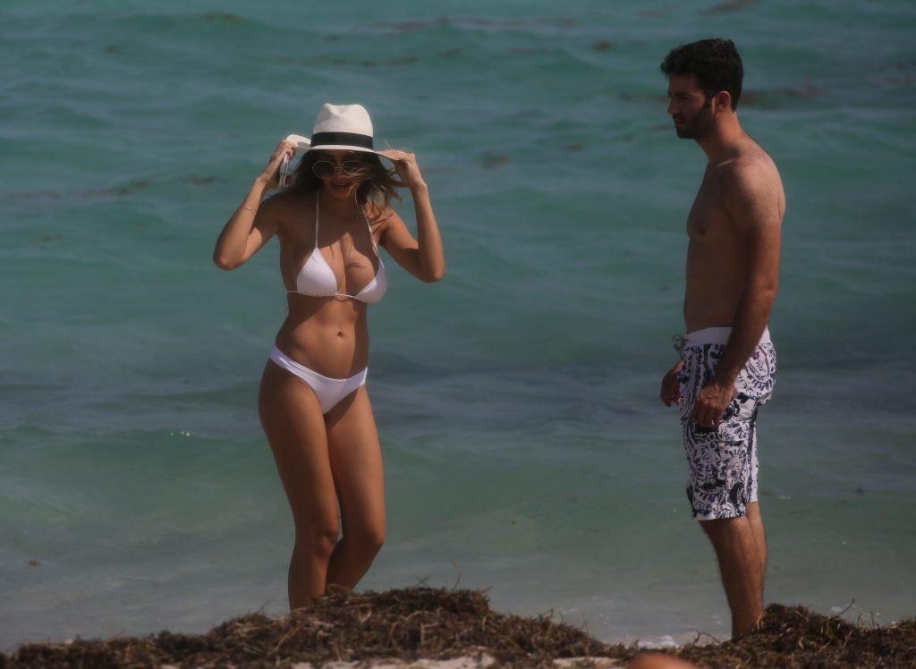 Jasmine Tosh Flaunts Her Sexy Bikini Body (23 Photos)