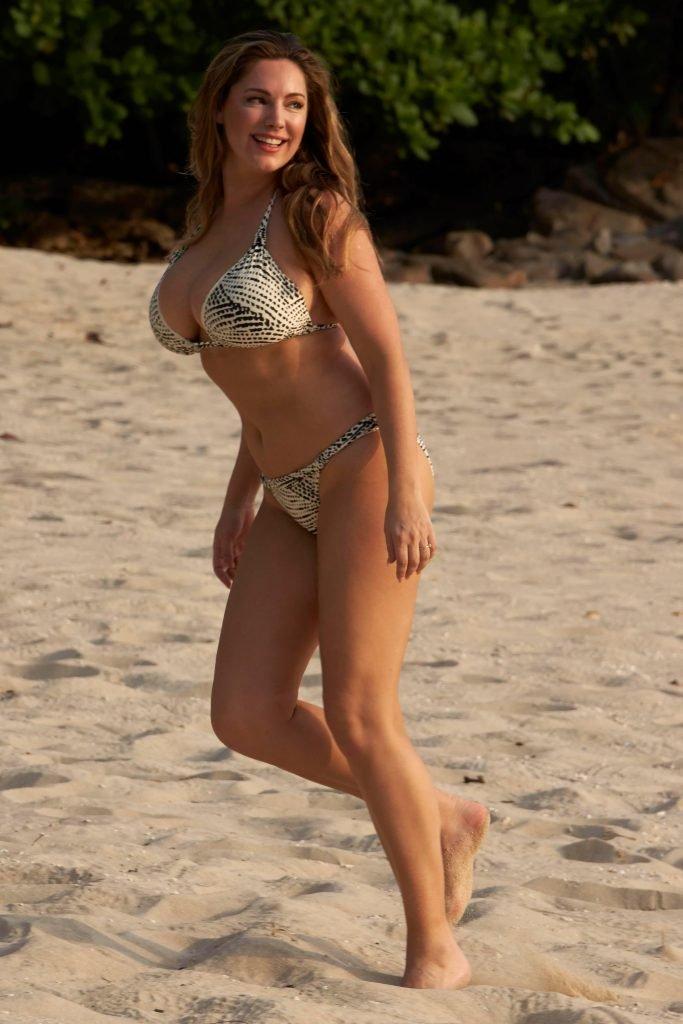 Kelly Brook Sexy (63 Hot Photos)