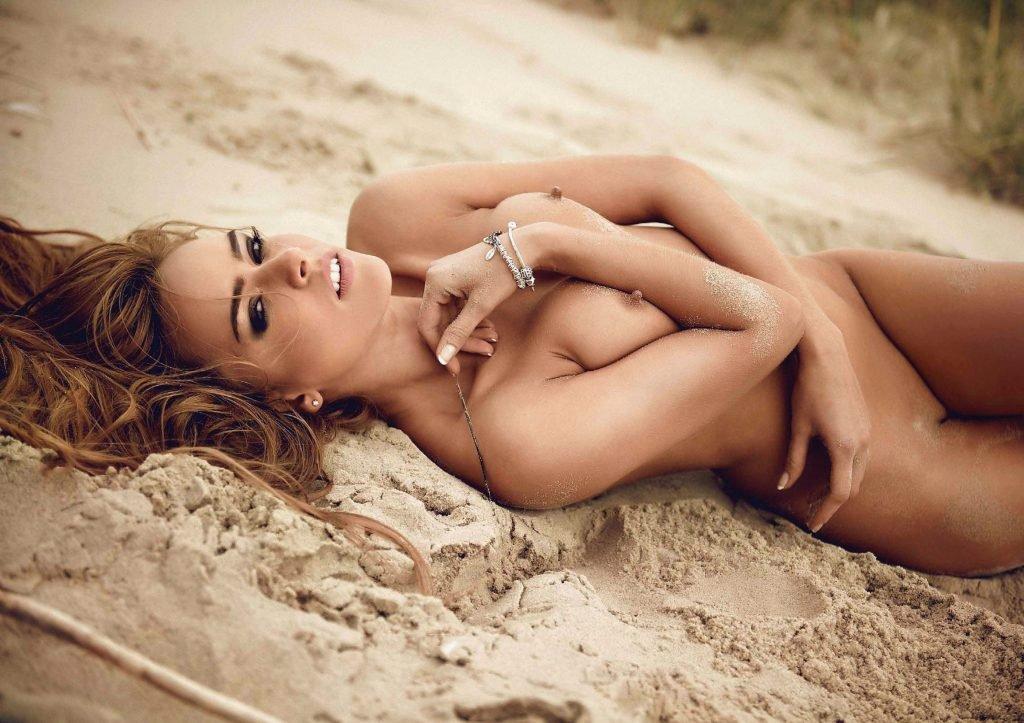 Monika Ordowska Nude (10 Photos)
