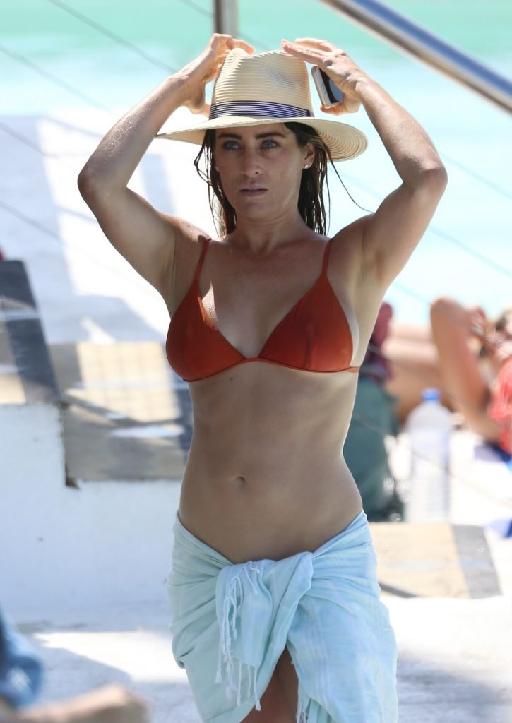 Rachael Gouvignon Shows Off Her Sexy Bikini Body in Sydney (46 Photos)