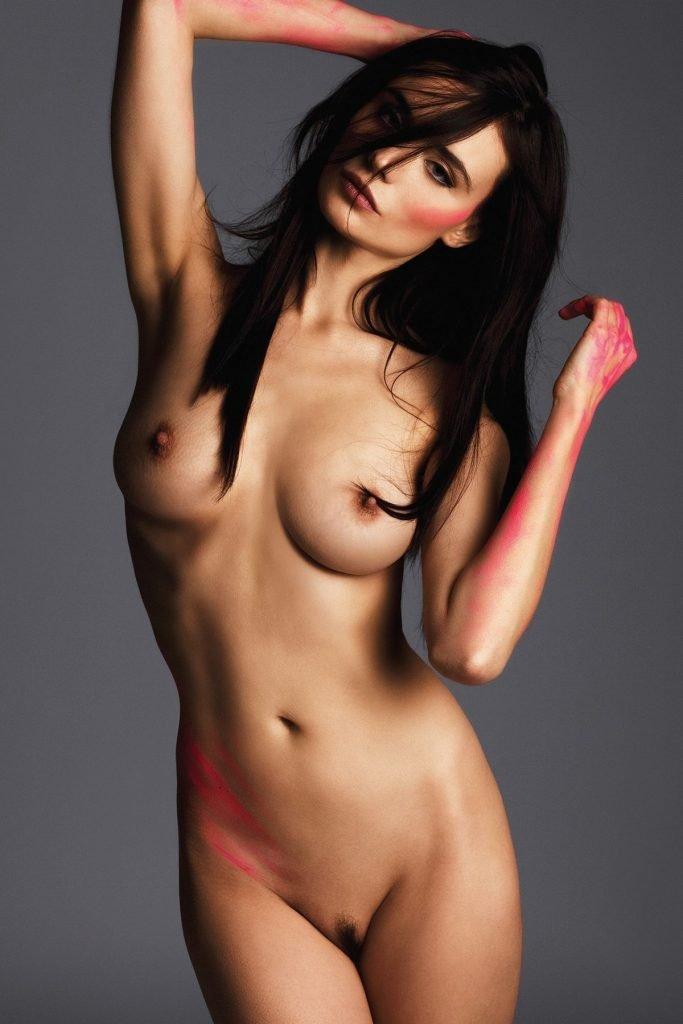 Kira Dikhtyar Nude (6 Photos)